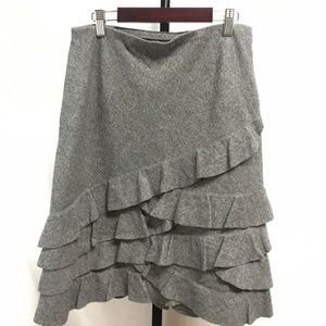 DKNY gray 100% soft wool tiered skirt 10